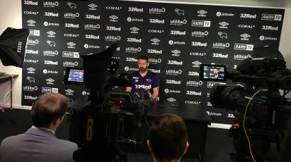 Carson Addresses Media Ahead Of Man United Clash