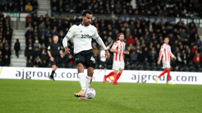 Huddlestone Praises Level Of Performance Against Stoke City