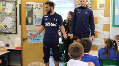 Derby Duo Visit Local Primary School